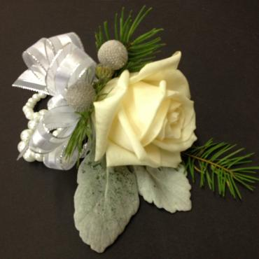Mother of Bride\'s Corsage